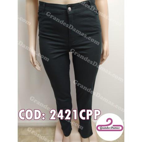 Pantalón gabardina elastizada, corte jean. COLOR NEGRO